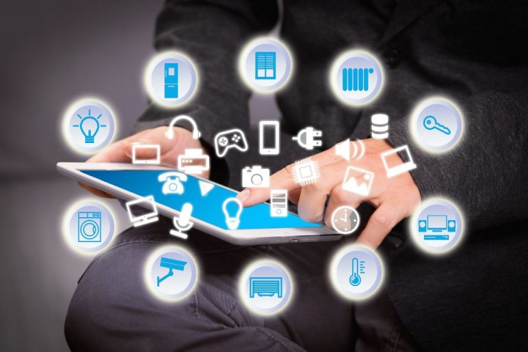 Know how to use technology to sell real estate